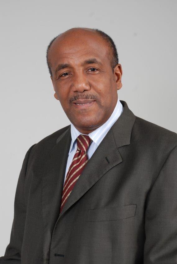 Antonio Almonte, ministro Energía y Minas