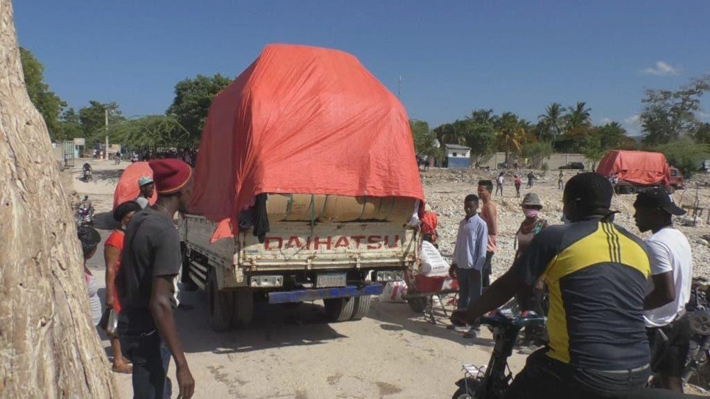 La apertura del mercado binacional ha permitido que los haitianos puedan comprar alimentos y otras mercancías