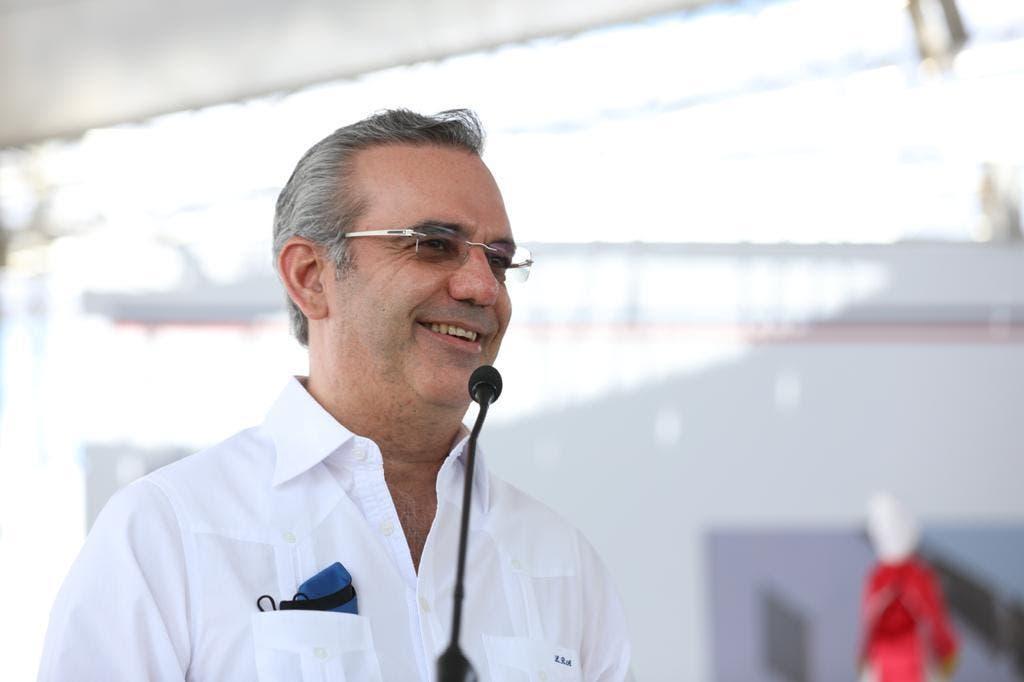 Abinader viajará a Punta Cana y San Pedro