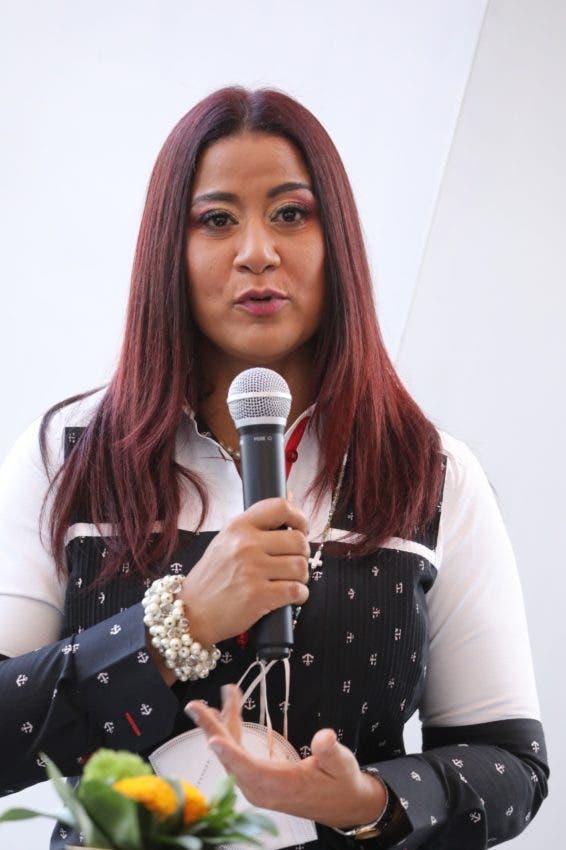 """Yenny Polanco Lovera presentó la plancha """"Trabajo y Unión"""" para dirigir la Asociación Dominicana de Prensa Turística (Adompretur)"""