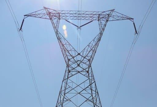 Seis muertos al caerse torre eléctrica en Brasil