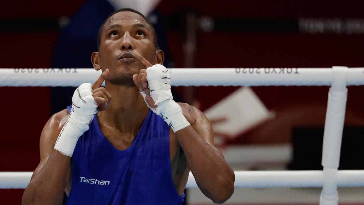 Alexy De la Cruz avanzan en el boxeo olímpico