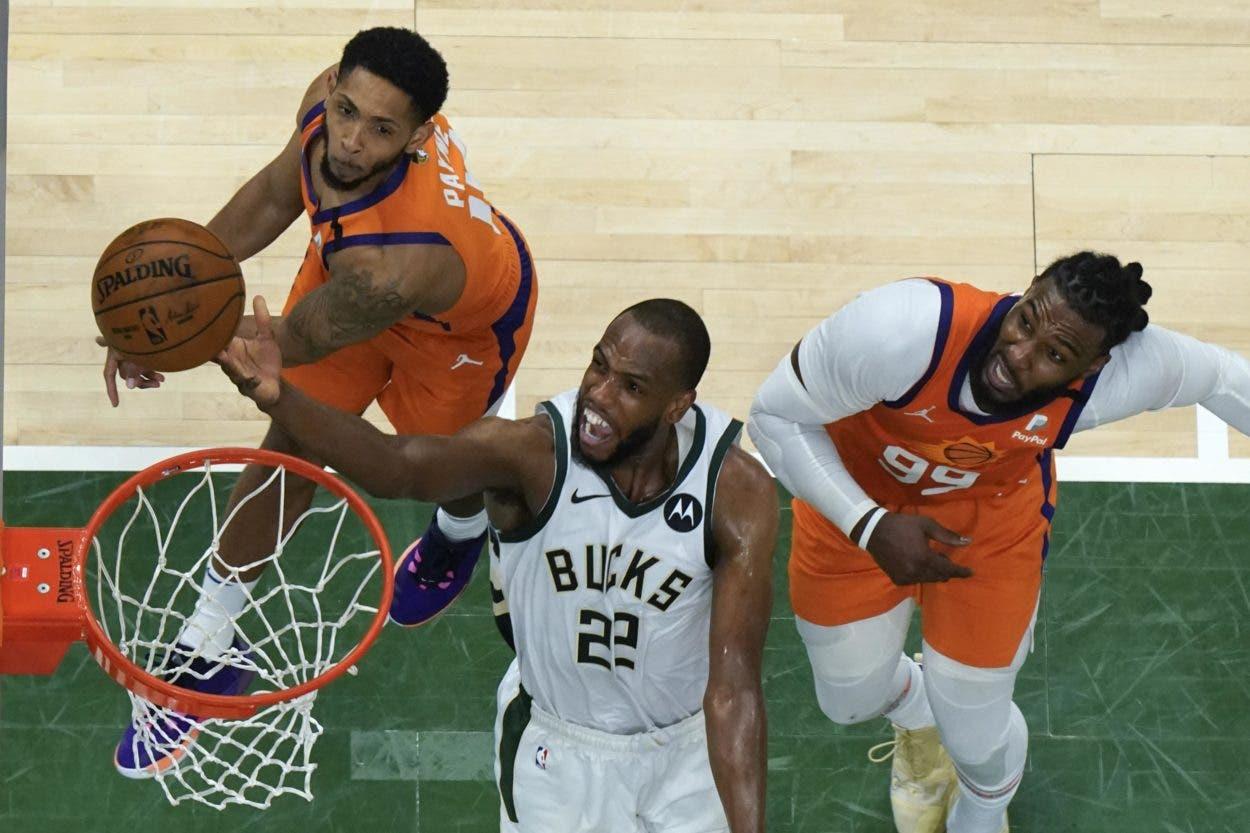Bucks saben que pueden ganar sin que Giannis anote 40 puntos