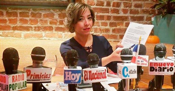 Elida Almonte, de la Cámara de Comercio Dominicana en USA, cuando anuncia la realización de la Feria Gastronómica en El Bronx