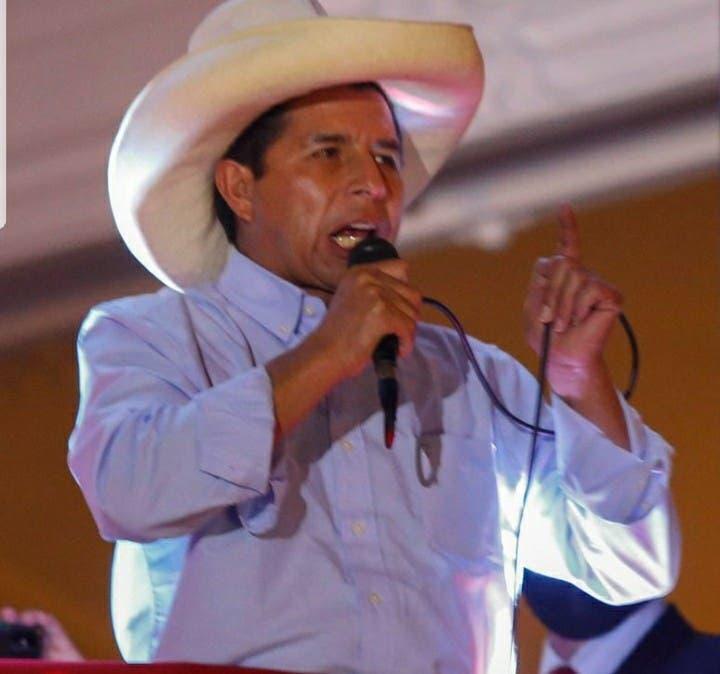 Comunidad peruana pide respaldo para Pedro Castillo
