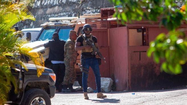Cuatro supuestos asesinos de Moise fueron abatidos y dos detenidos