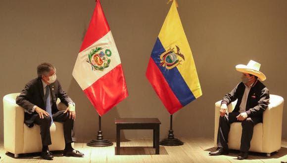 Lasso, primer jefe Estado en reunirse con Castillo