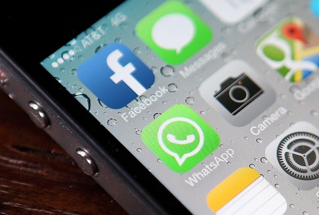 Redes sociales y mensajería sufren cortes en Cuba