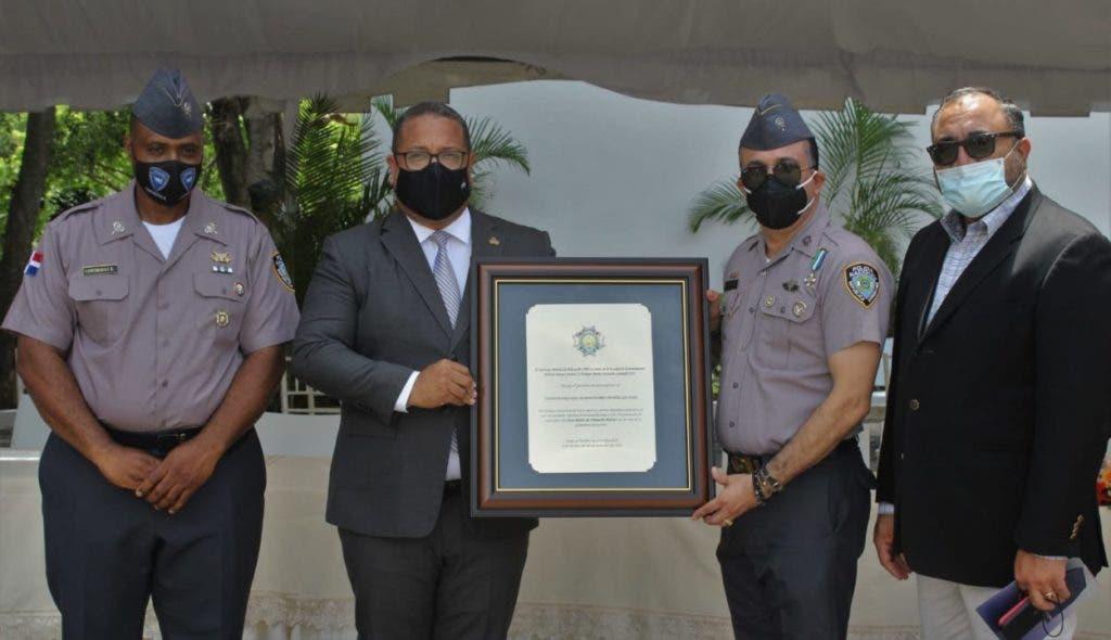 El director general del INAP, Cristian Sánchez Reyes, quien asistió a la graduación de 927 egresados de la Escuela de Entrenamiento Policial