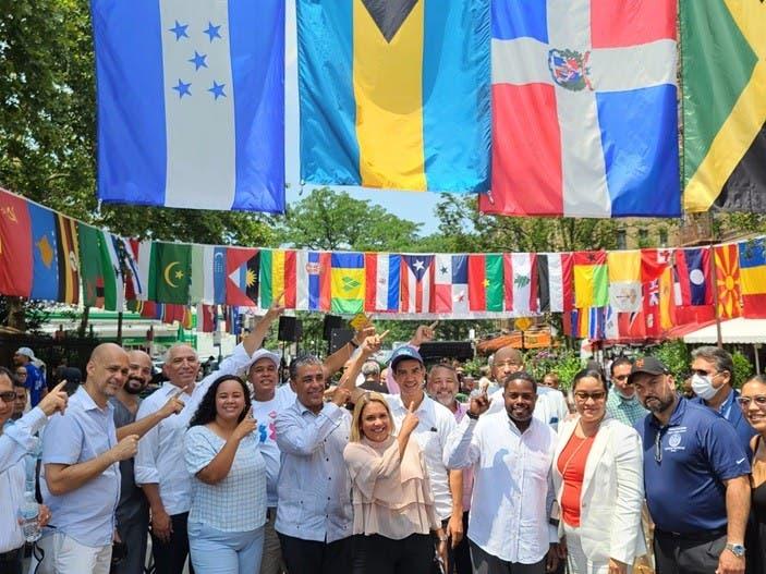 https://elnacional.com.do/wp-content/uploads/2021/07/Inauguran-Plaza-Quisqueya-en-el-Alto-Manhattan.jpg