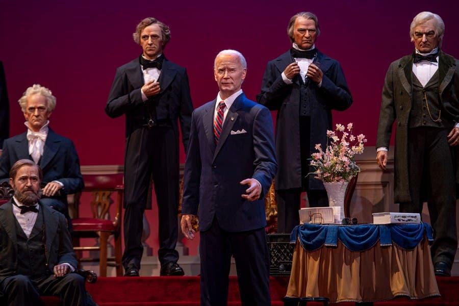 Joe Biden debuta en Hall of the Presidents del parque Disney