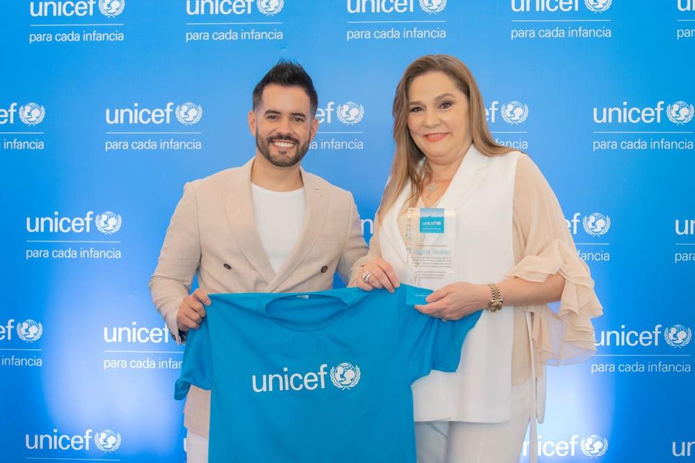 Los Embajadores Nacionales del UNICEF son personas destacadas dentro de los diferentes campos que han expresado su deseo de contribuir y crear conciencia sobre la infancia
