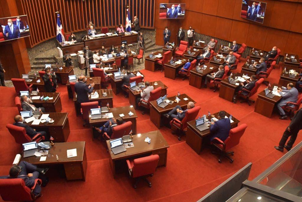 Senado aprueba ley de Fomento a colocación valores