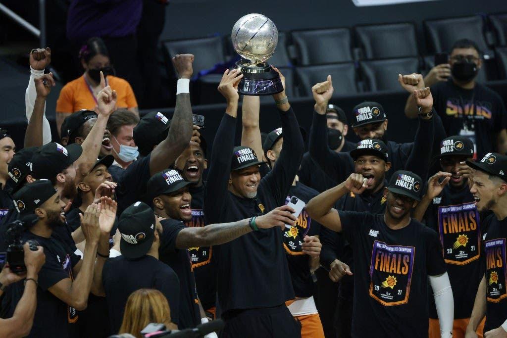 Suns ahora saben que los títulos no llegan fácil