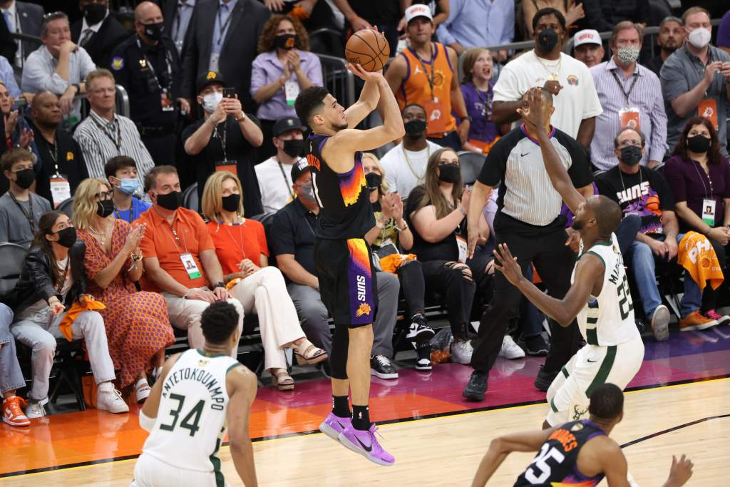 Suns y Bucks, listos para 5to partido de Finales