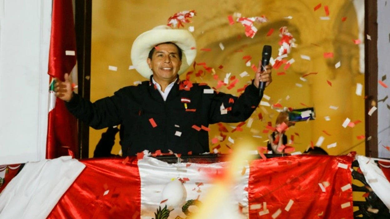 Proclaman a Castillo presidente electo de Perú