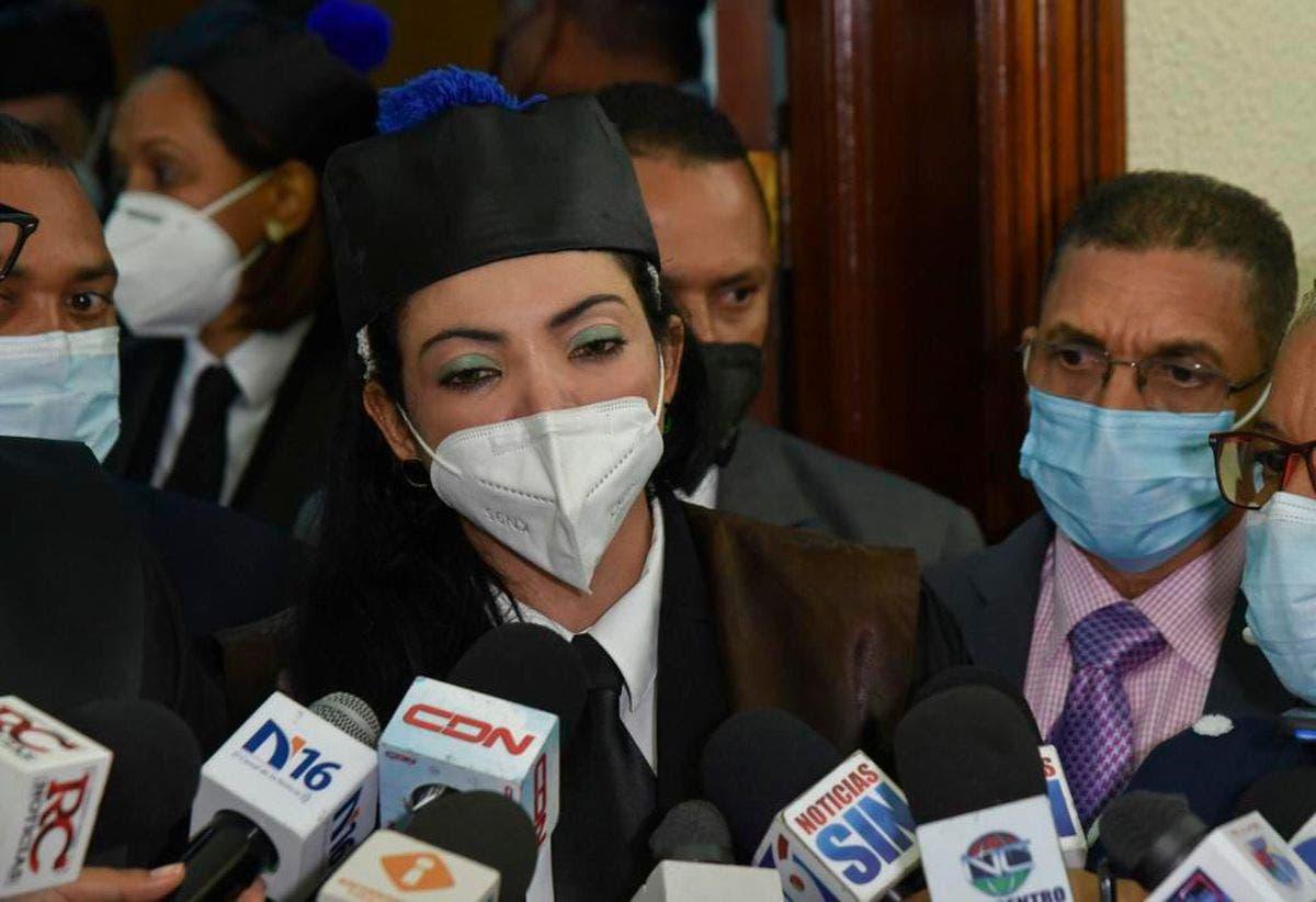 Yeni Berenice asegura seguirán investigando casos de corrupción