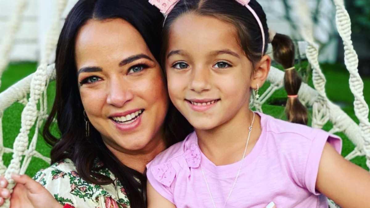 Adamari López rompe a llorar frente a su hija Alaïa