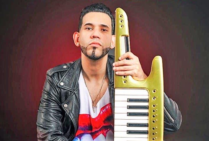 """l joven cantante dominicano Joel """"El Insuperable"""" continúa agregando éxitos a su carrera y permanece recibiendo un gran respaldo de dominicanos"""