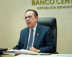 Valdez Albizu afirma que, la economía en RD va por el camino correcto.