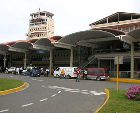 Colapsa plataforma Migración aeropuerto Cibao