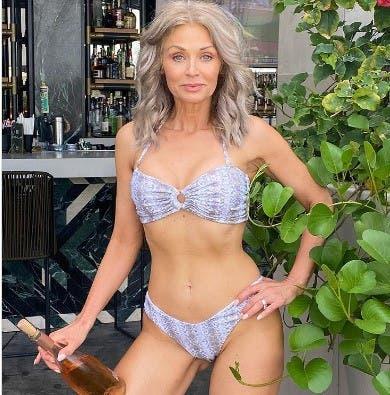 La modelo Jacobs es madre de una hija de 24 años, la edad que tienen muchas de las modelos con las que tiene que comparte pasarela