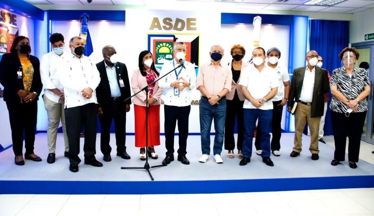 Ayuntamiento SDE anuncia vacunación para más de 800 mil personas