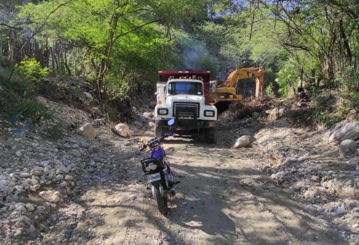 Gobernación de Azua e instituciones del Estado coordinaron acciones conjuntas para evitar  inundaciones