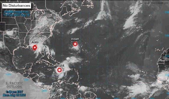Grace arroja lluvias sobre Haití mientras centro de Fred se acerca a Florida