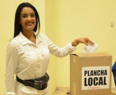 Johanna Benoit gana elecciones