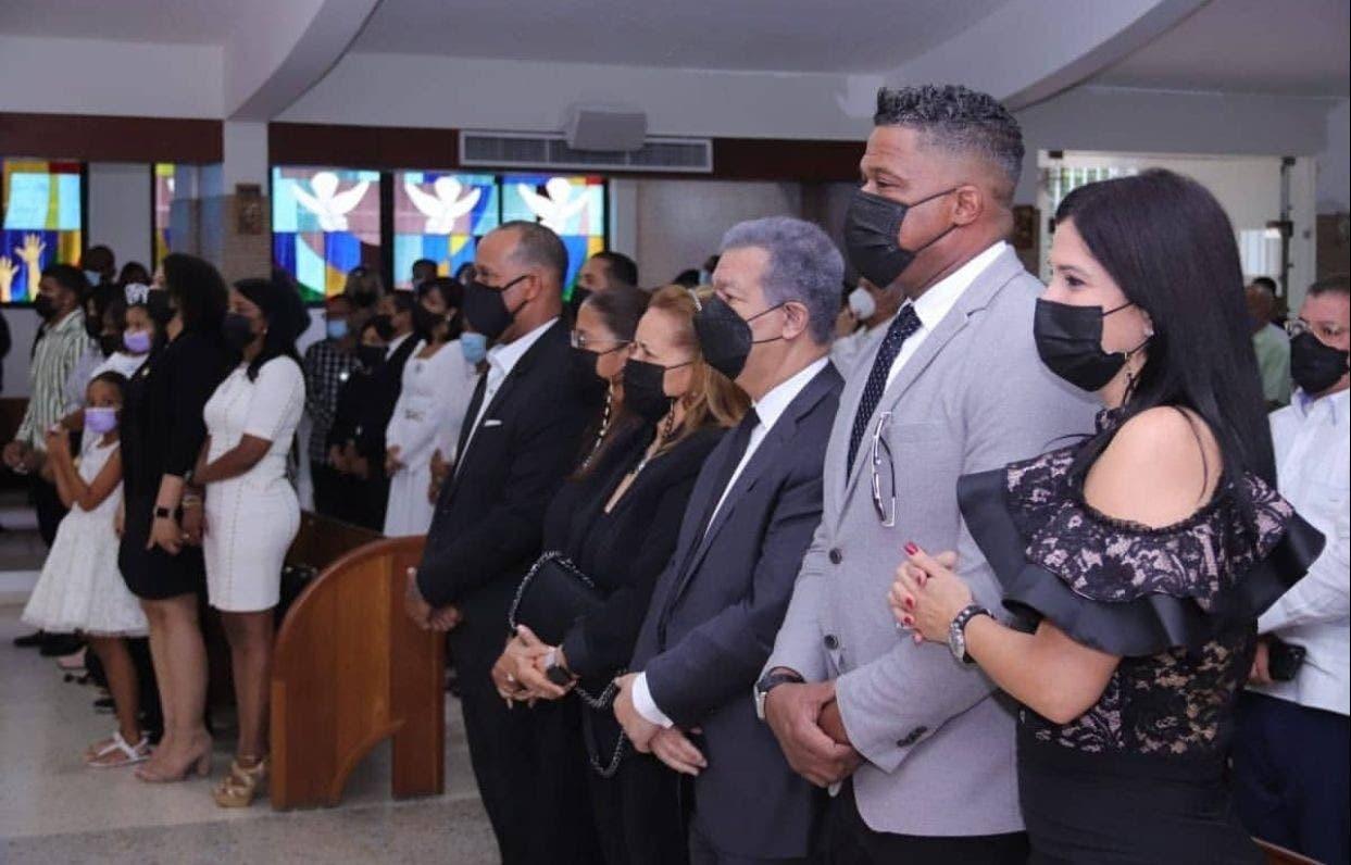 Realizan última misa del novenario Johnny Ventura