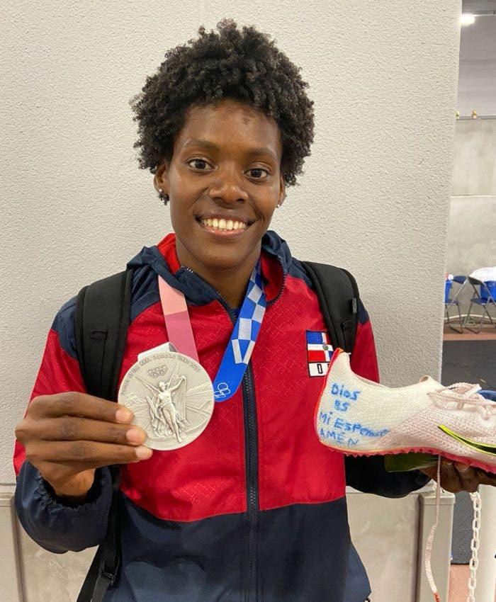 Marileidy Paulino gano la medalla de plata en los juegos olímpicos de Tokyo.