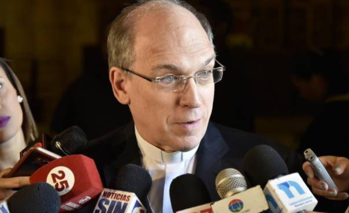 Acusan al PRM-PLD dejar perimir Código Penal
