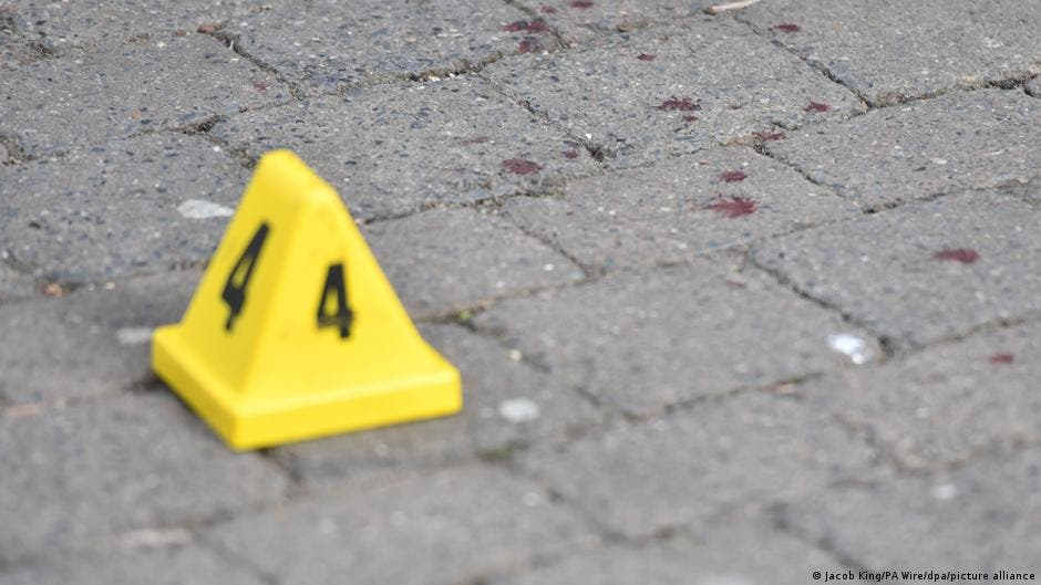 Joven mata cinco a tiros en las calles de un pueblo inglés
