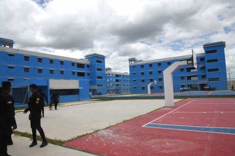 Llevan a Pepca constructores cárcel La  Victoria