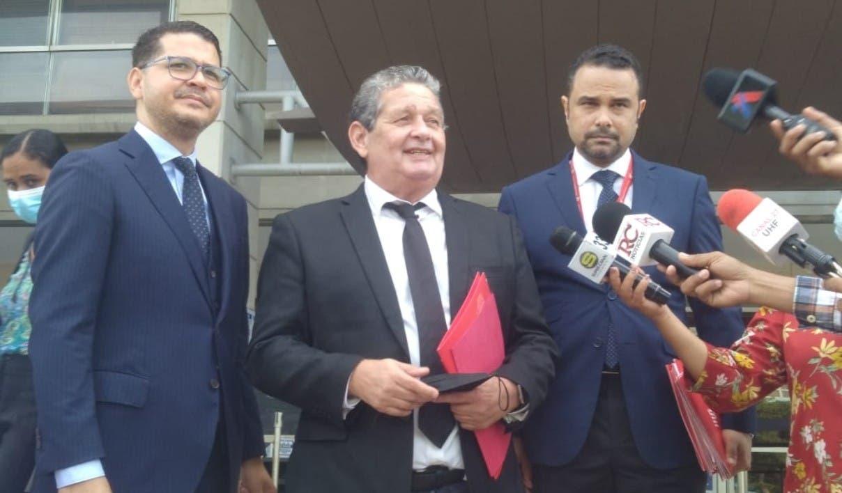 Abogados Adán Cáceres acusan Defensor Pueblo