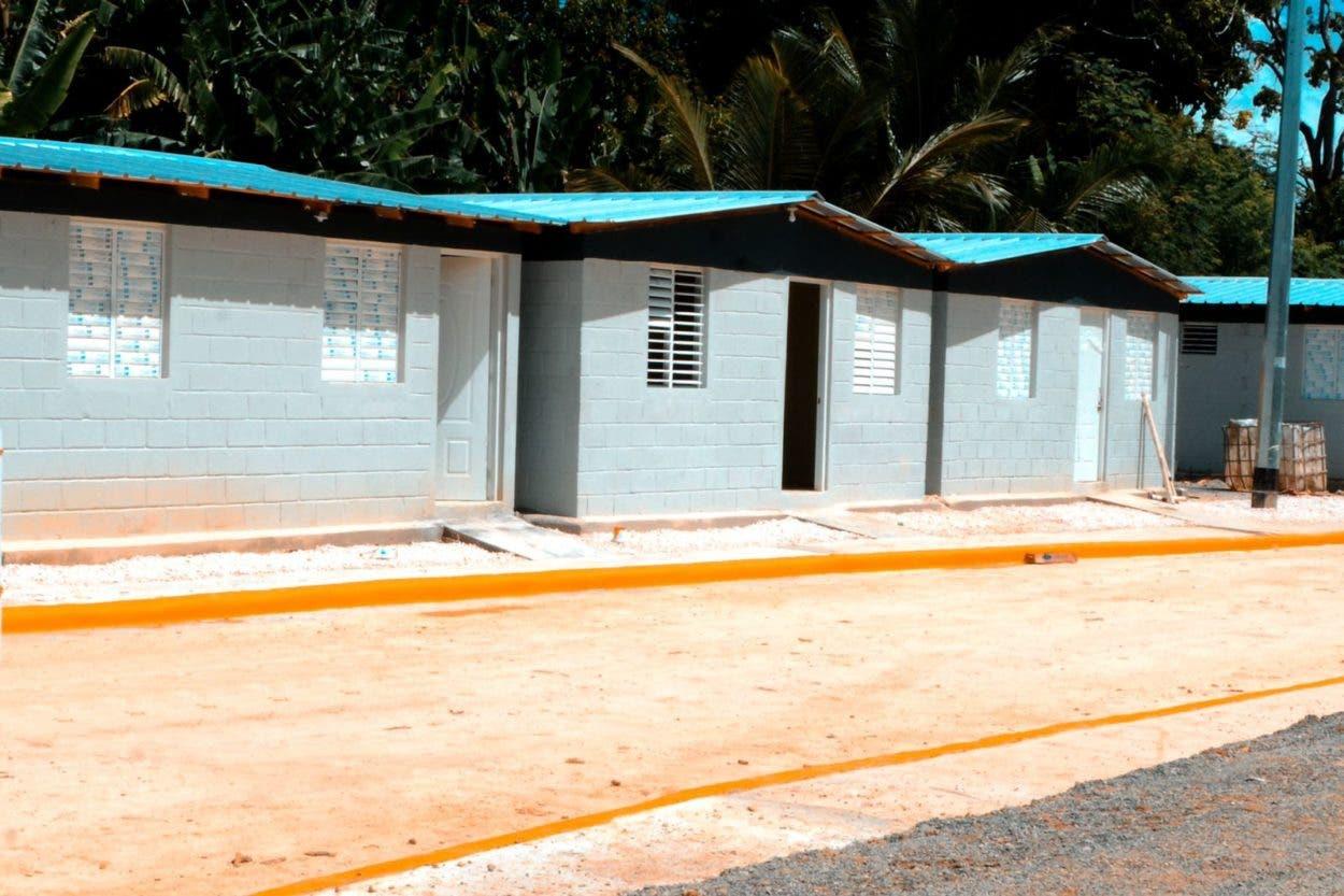 Abinader inaugura cañadas saneadas por la CAASD