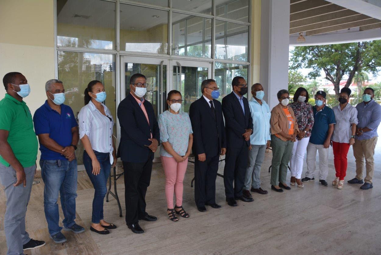 UASD instala centro de acopio para recibir ayuda que será enviada a Haití