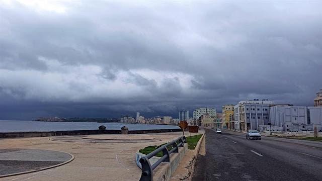 Depresión tropical Fred deja lluvias al este de Cuba