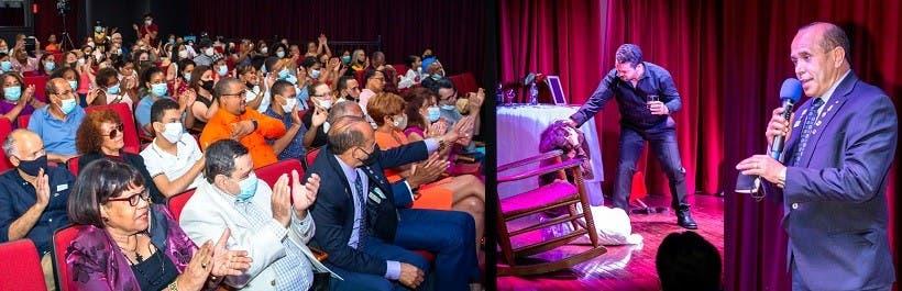 Dominicanos asisten a obra de teatro NY
