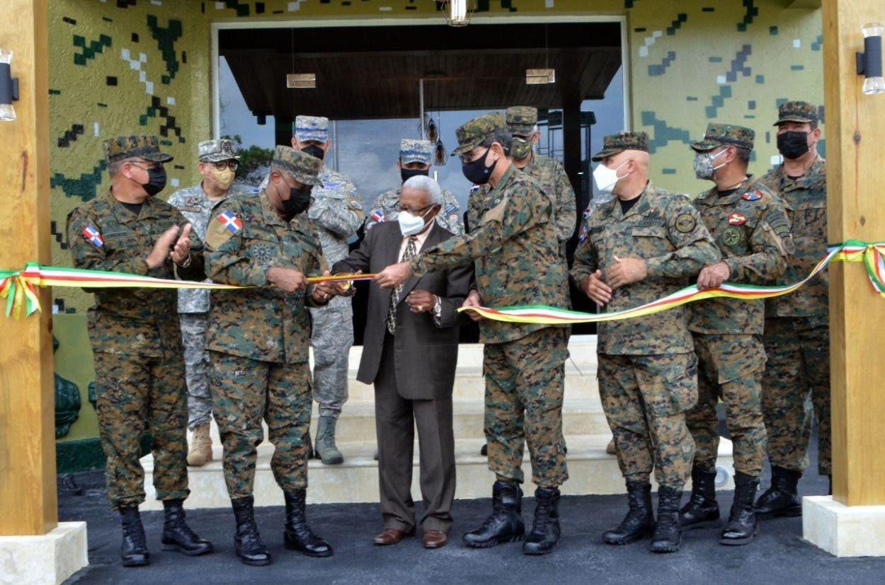 Florián Pérez dice mejorará condiciones del Ejército