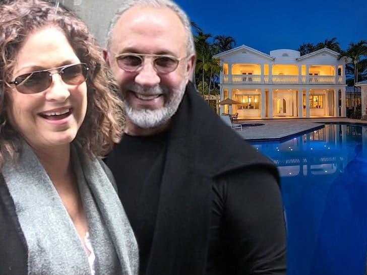 Los Estefan venden por 35 MM mansión de Miami