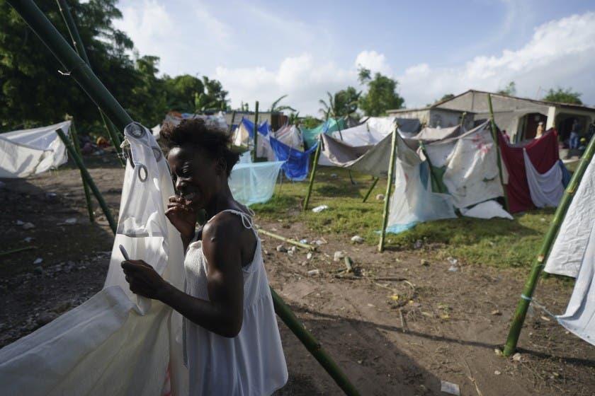 Gobierno sigue enviando ayuda Haití