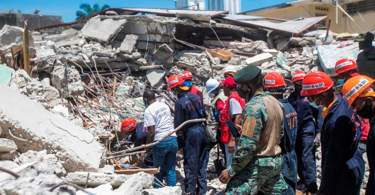 Haití pide a topos mexicanos dejar labores de rescate