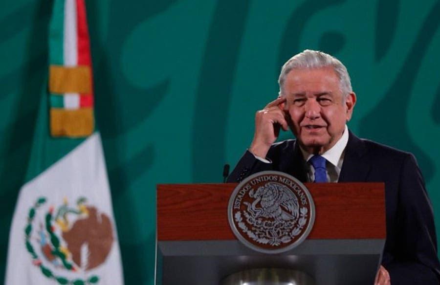 López Obrador culpa al Instituto Electoral de fiasco en las urnas