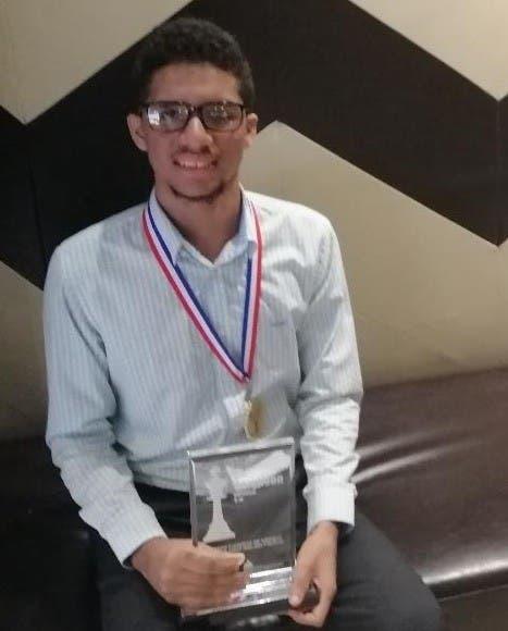 Estudiante RD obtiene bronce en Olimpiadas de Matemáticas