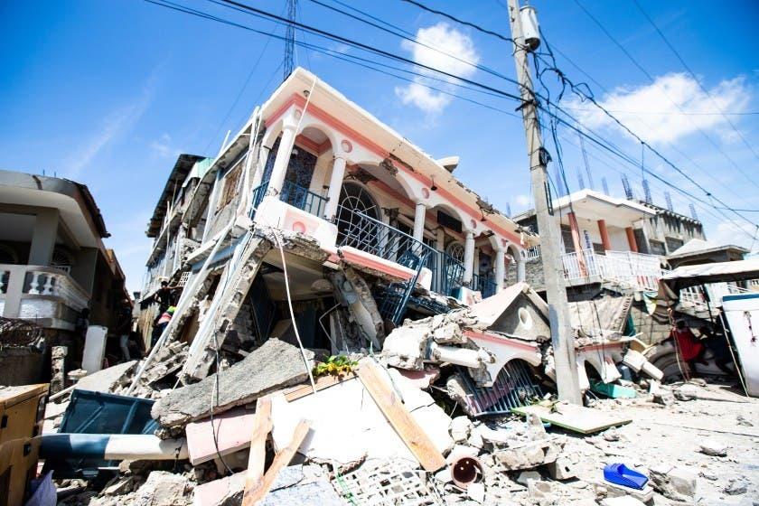Siguen réplicas del sismo en Haití