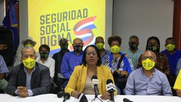 Anuncian movilizaciones en favor de la Seguridad Social