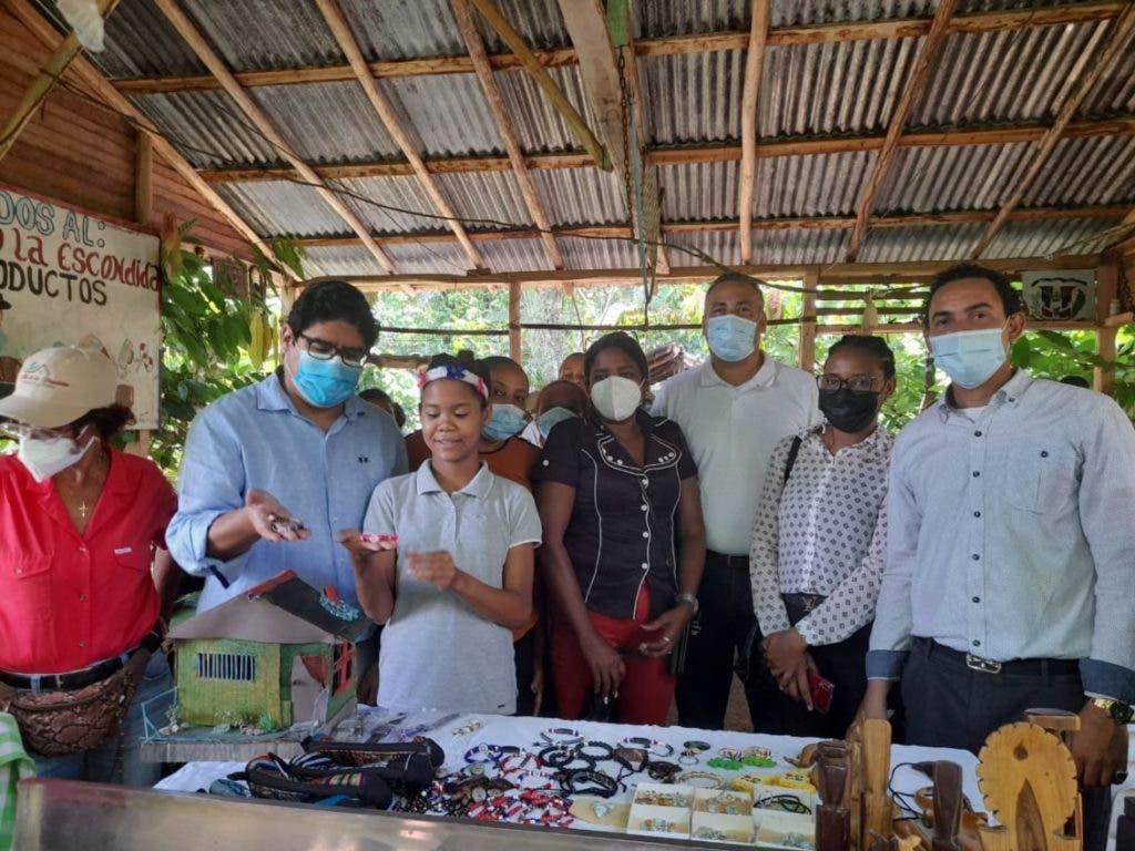 Buscan desarrollar ecoturismo y agricultura en Bayaguana