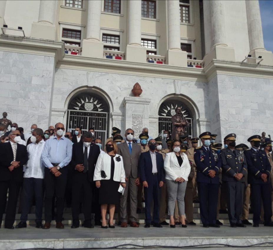 Celebran 158 aniversario de la Restauración en Santiago